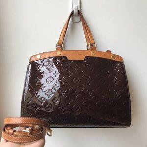 Louis Vuitton MM vernis brea